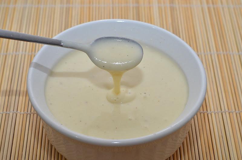 Белый соус с огурцом – кулинарный рецепт.
