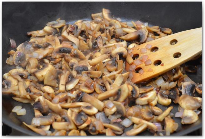 8 Гречневая каша с грибами