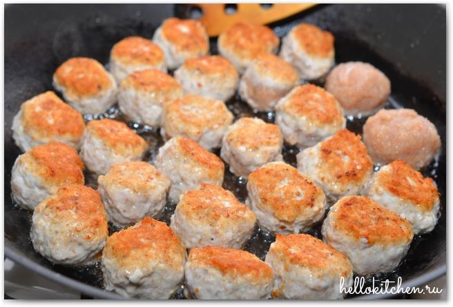 Куриные-фрикадельки-в-ароматном-томатном-соусе_9