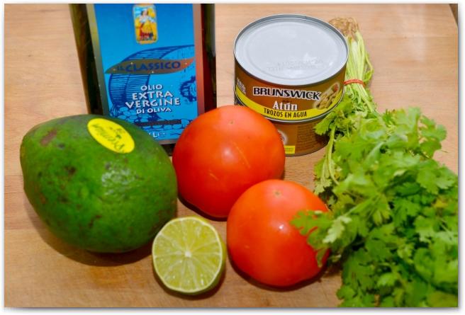 Салат с тунцом и авокадо 01 Салат с тунцом и авокадо