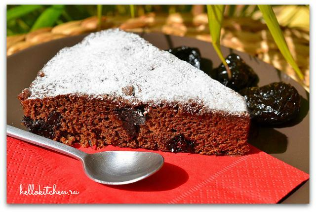 Кофейный пирог с черносливом 00-