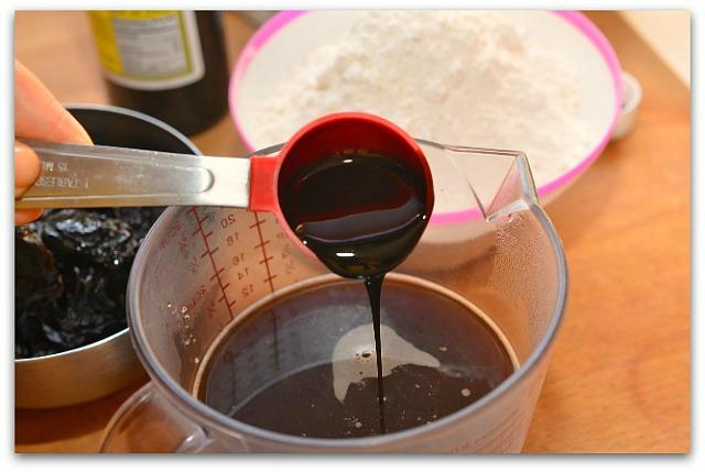 Кофейный пирог с черносливом_1